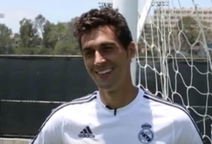 Alvaro Arbeloa 2013. (Screenshot:YouTube/adidas Football)