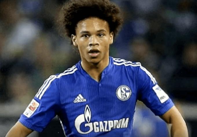 Leroy Sané im Trikot von Schalke 04 während eines Spiels